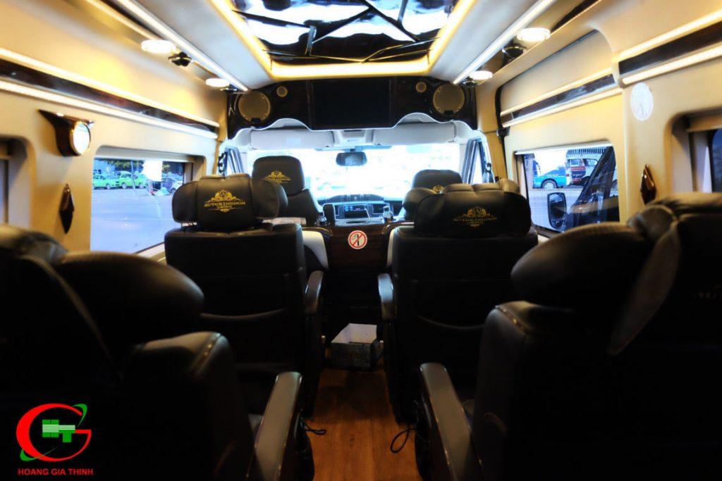 bảng giá cho thuê xe ford transit limousine dcar