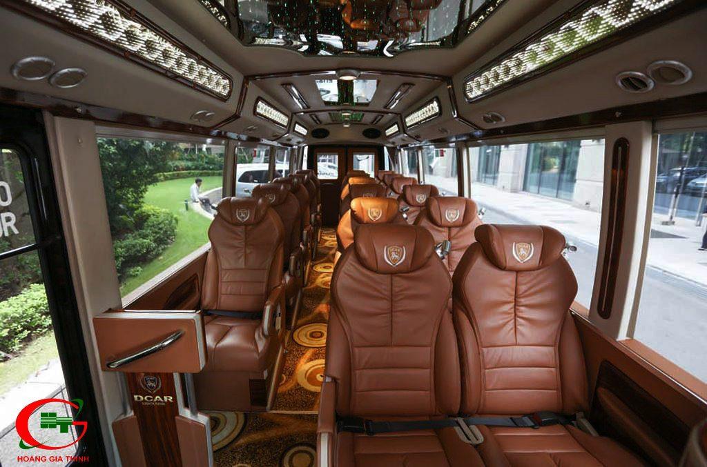 cho thuê xe limousine 19 chỗ