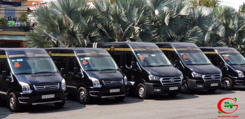 Cho Thuê Xe Limousine 9 Chỗ Tại TP.HCM - Hoàng Gia Thịnh