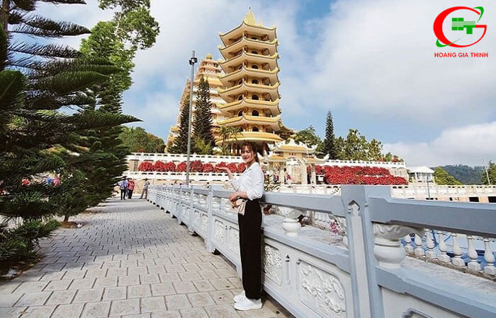 Chua-Van-Linh-4