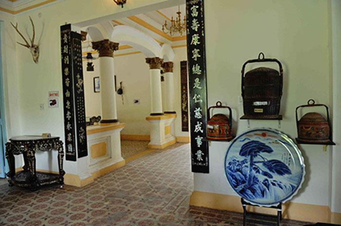Tham-quan-nha-cong-tu-bac-lieu-15