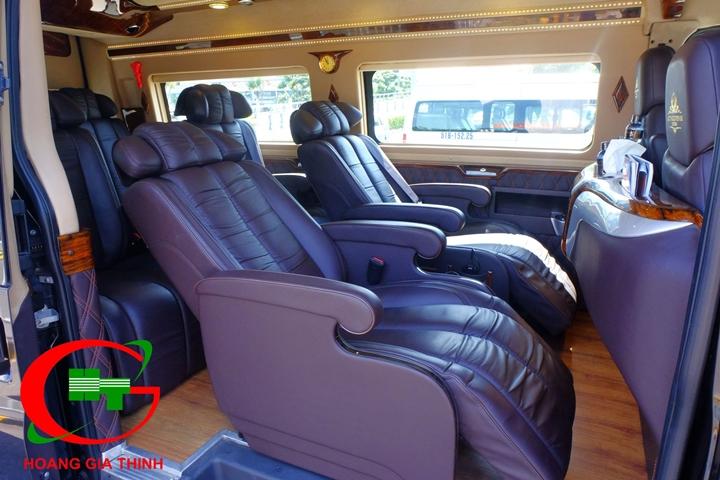 Cho thuê xe Limousine 9 chỗ Hoàng Gia Thịnh
