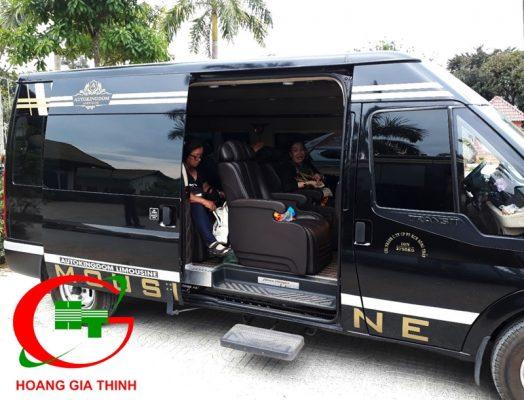 Cho thuê xe Limousine Hoàng Gia Thịnh