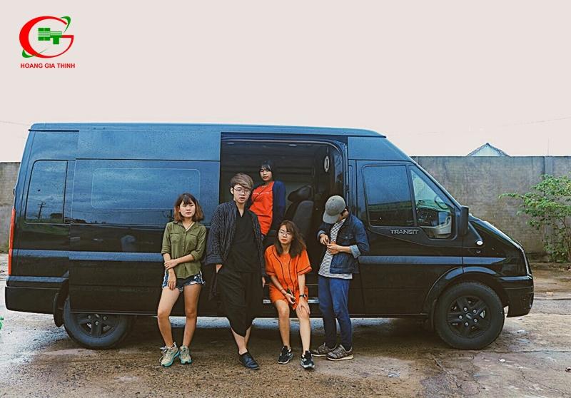 Thuê xe Limousine đi du lịch theo nhóm