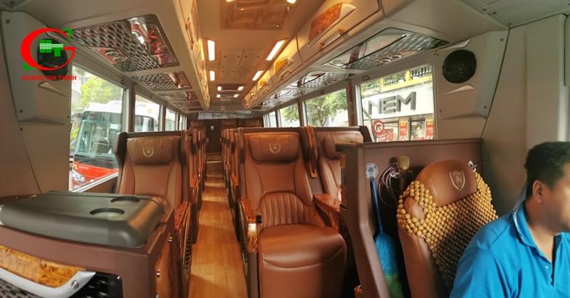 Thuê xe Limousine 19 chỗ đi KCN Nhơn Trạch Đồng Nai
