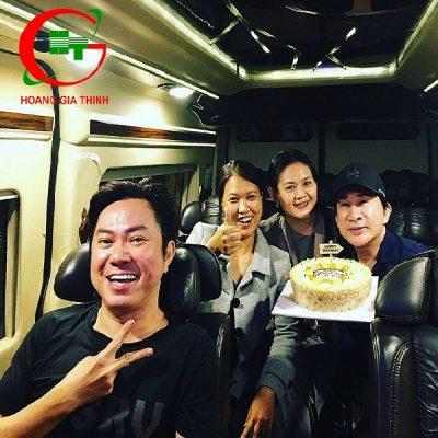 xe Limousine 9s Ford transit cùng Kim Tử Long (2,)