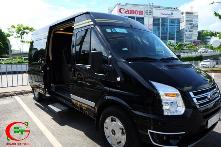 Dịch vụ cho thuê xe Limousine 9 chỗ